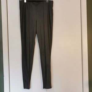 🆕 2 for $30 - Trovare Pants, size Large.